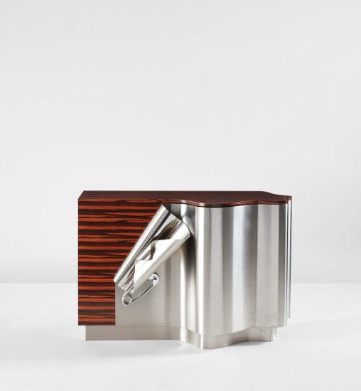'Drapé' cabinet