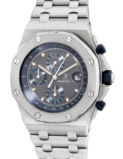A fine and attractive titanium chronograph wristwatch with grey dial, date, bracelet and warranty