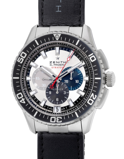 An attractive stainless steel flyback chronograph wristwatch with date, warranty and presentation box