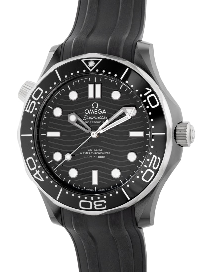 A fine and well-preserved black ceramic diver's wristwatch with center seconds, helium gas escape valve, warranty and box