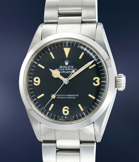A fine and very well-preserved stainless steel automatic wristwatch with center seconds and bracelet