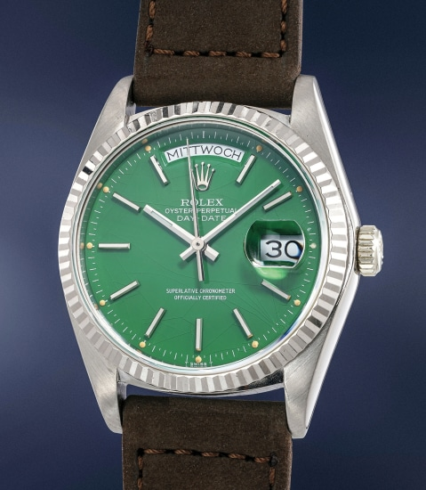 """A highly rare and attractive white gold calendar wristwatch with green """"Stella"""" dial"""