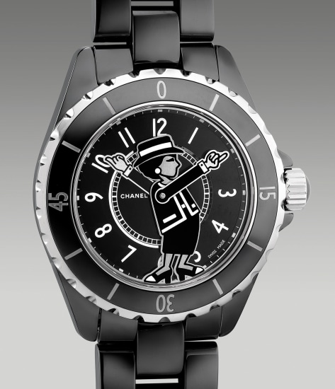 A lady's fine and attractive limited edition black ceramic wristwatch with bracelet, certificate and box
