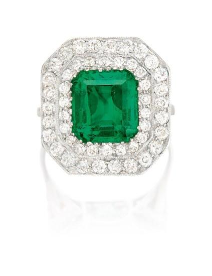 An Antique Emerald and Diamond Ring, Circa 1905