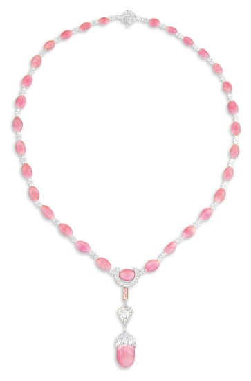 An Elegant Conch Pearl, Pink Diamond and Diamond Necklace