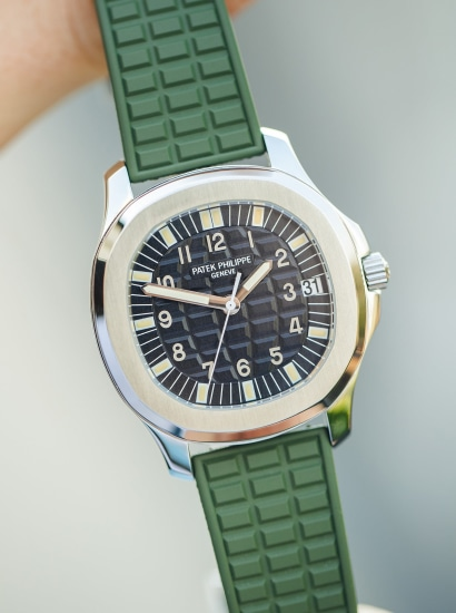5065A archive, box and green strap