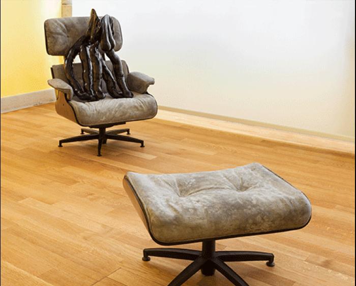 Sarah Lucas - Tit-Cat Eames Chair